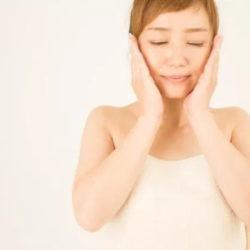肌断食 化粧水